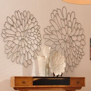 awesome-creation-wire-flowers-wall-art-perfect-designing-interior-rrom-wooden-hanging-table-chrysanthemum-floral
